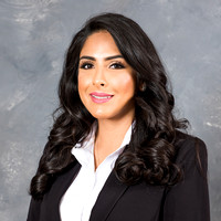 Business headshots, family portraits, weddings, quinceaneras, photography and video, photography studio in Montebello Ca, www.gustavovillarreal.com, 323-633-8283